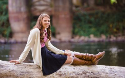 Benefits of Having Senior Photos Done by a Professional Photographer