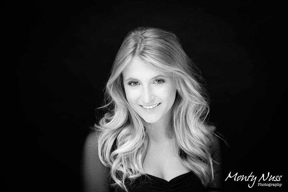 black white senior photography