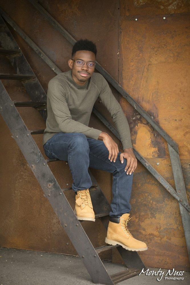 stairs boots senior boy