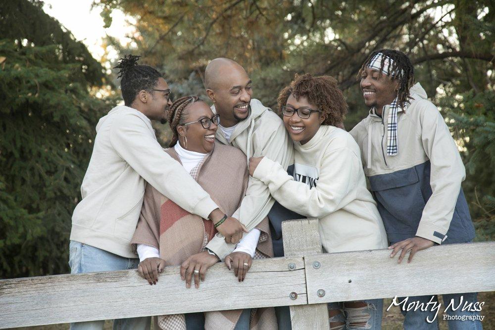 candid family portrait laugh gallup gardens littleton colorado
