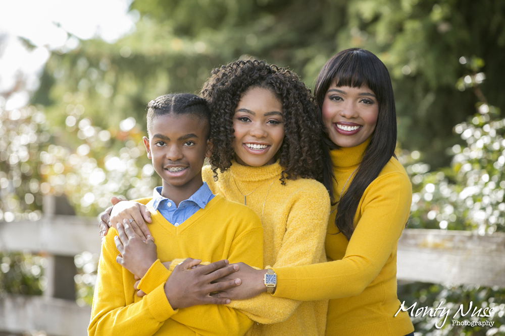family photo fence yellow summer