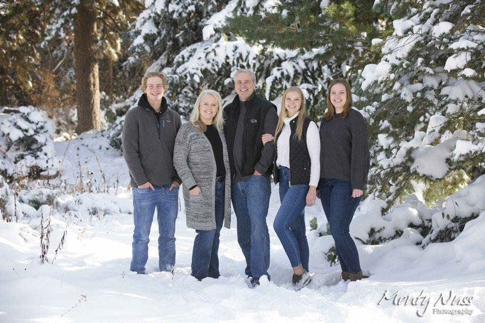 family portrait winter snow session littleton colorado